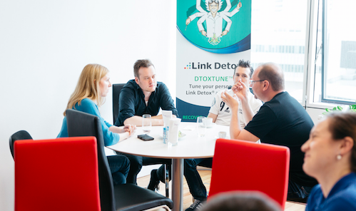 Link Research Tools Chatting